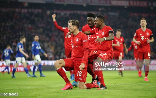 Leon Goretzka of FC Bayern Munich celebrates with teammates after scoring his team's third goal during the Bundesliga match between FC Bayern...