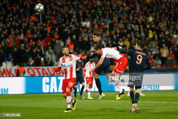 Leon Goretzka of FC Bayern Munich scores his team's first goal during the UEFA Champions League group B match between Crvena Zvezda and Bayern...