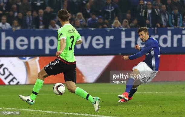 Leon Goretzka of FC Schalke 04 scores their first goal during the UEFA Europa League quarter final second leg match between FC Schalke 04 and Ajax...