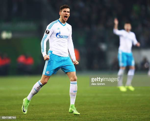Leon Goretzka of Schalke 04 celebrates scoring a goal during the UEFA Europa League Round of 16 second leg match between Borussia Moenchengladbach...