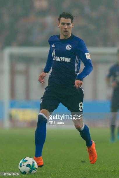 Leon Goretzka of Schalke controls the ball during the Bundesliga match between 1 FSV Mainz 05 and FC Schalke 04 at Opel Arena on March 9 2018 in...