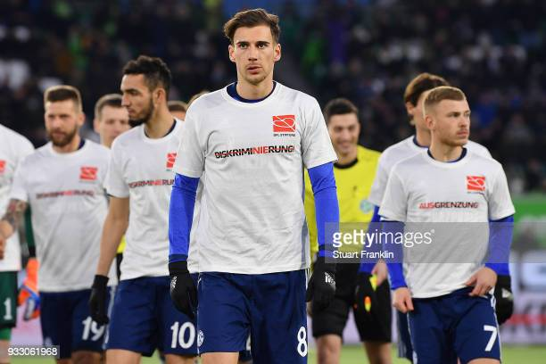 Leon Goretzka of Schalke with a shirt against discrimination and for the campaign 'Say No to prejudice' an antidiscrimination campaign before during...