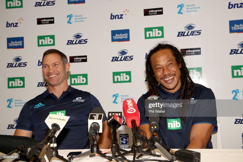 Leon MacDonald (L) and head coach Tana Umaga (R) during a Blues Super Rugby press conference at Blues Headquarters on May 16, 2018 in Auckland, New Zealand. MacDonald was today named as assistant coach of the Blues for the 2019 season.