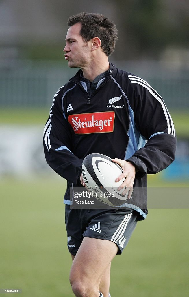 Leon MacDonald passes the ball during an All Blacks training session at Rugby Park on July 05, 2006 in Christchurch, New Zealand. The All Blacks play the Australian Wallabies in a Tri-Nations/Bledisloe Cup rugby test match on July 08.