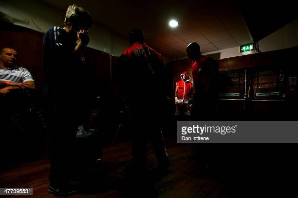 Leon McKenzie prepares backstage before his super middleweight bout against Nikola Varbanov at York Hall on March 8 2014 in London England