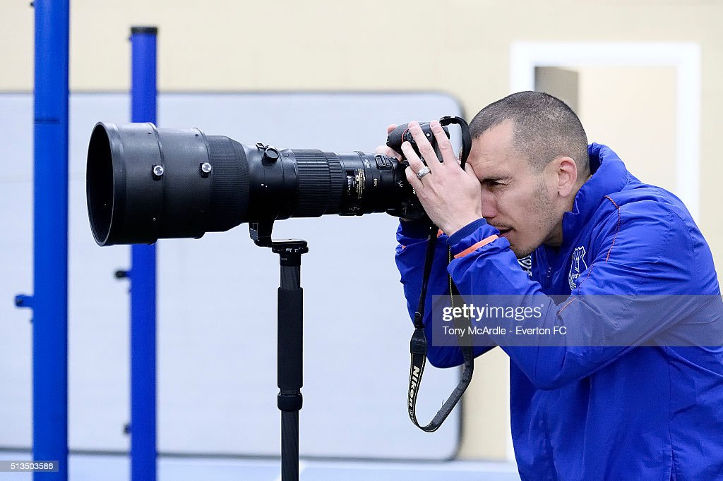 Leon Osman zooms in on the action during the Everton training session at Finch Farm on March 03, 2016 in Halewood, England.