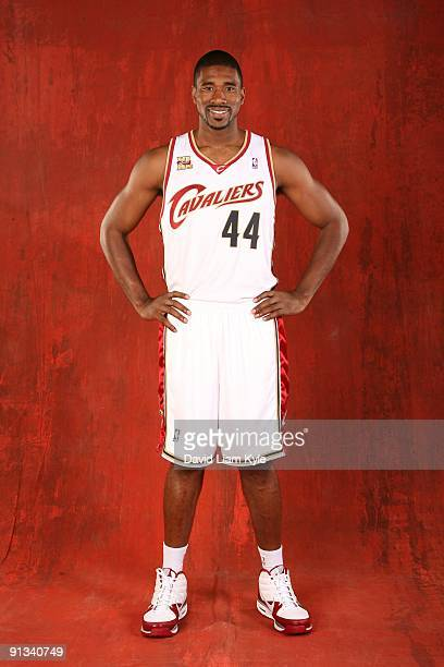 Leon Powe of the Cleveland Cavaliers poses during 2009 NBA Media Day at the Cleveland Clinic Courts on September 28 2009 in Independence Ohio NOTE TO...