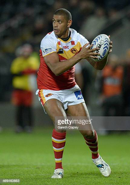 Leon Pryce of Catalan Dragons in action during the Super League match between Hull FC and Catalans Dragons at KC Stadium on February 14 2014 in Hull...