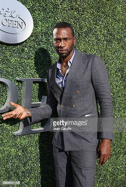 Leon Robinson attends Venus and Serena Williams backtoback matches at Arthur Ashe Stadium on day 8 of the 2016 US Open at USTA Billie Jean King...