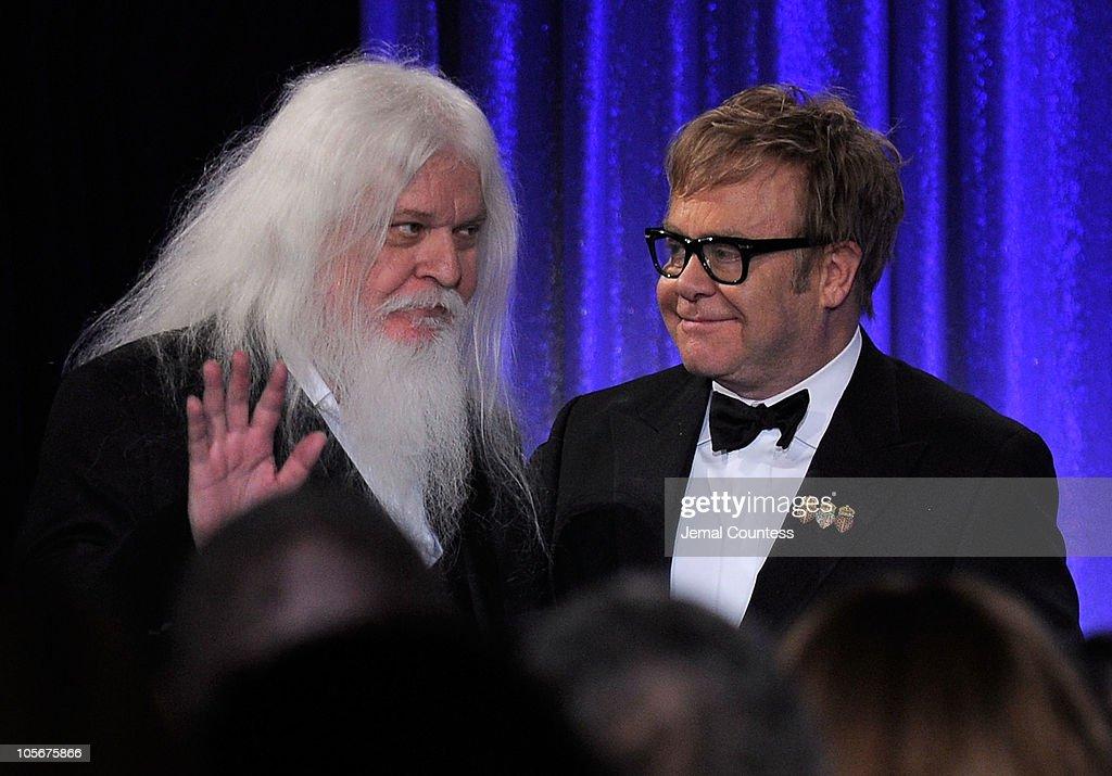 "9th Annual Elton John AIDS Foundation's ""An Enduring Vision"" - Show"