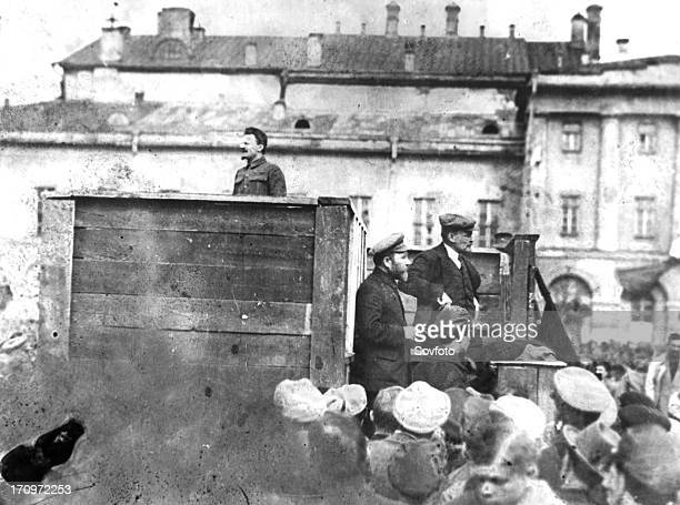 Leon trotsky addressing troops on their way to the polish front may 5th 1920 sverdlov square moscow on the stairs behind the speakers' platform are...