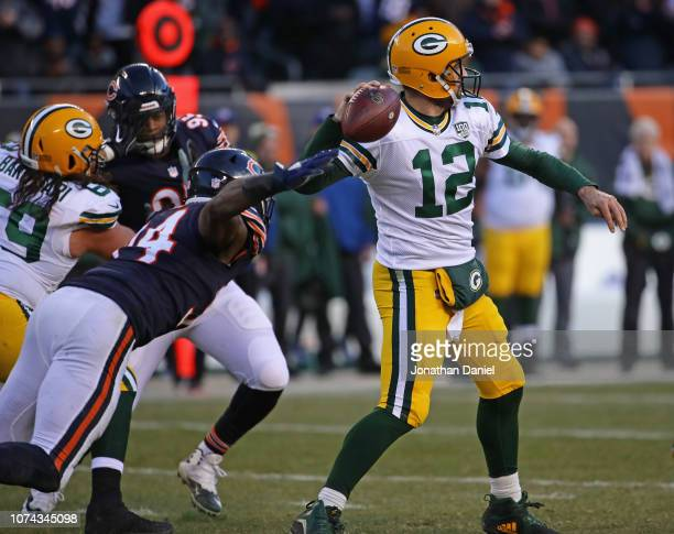 Leonard Floyd of the Chicago Bears rushes Aaron Rodgers of the Green Bay Packers at Soldier Field on December 16 2018 in Chicago IllinoisThe Bears...