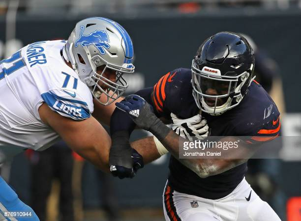 Leonard Floyd of the Chicago Bears rushes against Ricky Wagner of the Detroit Lions at Soldier Field on November 19 2017 in Chicago Illinois The...