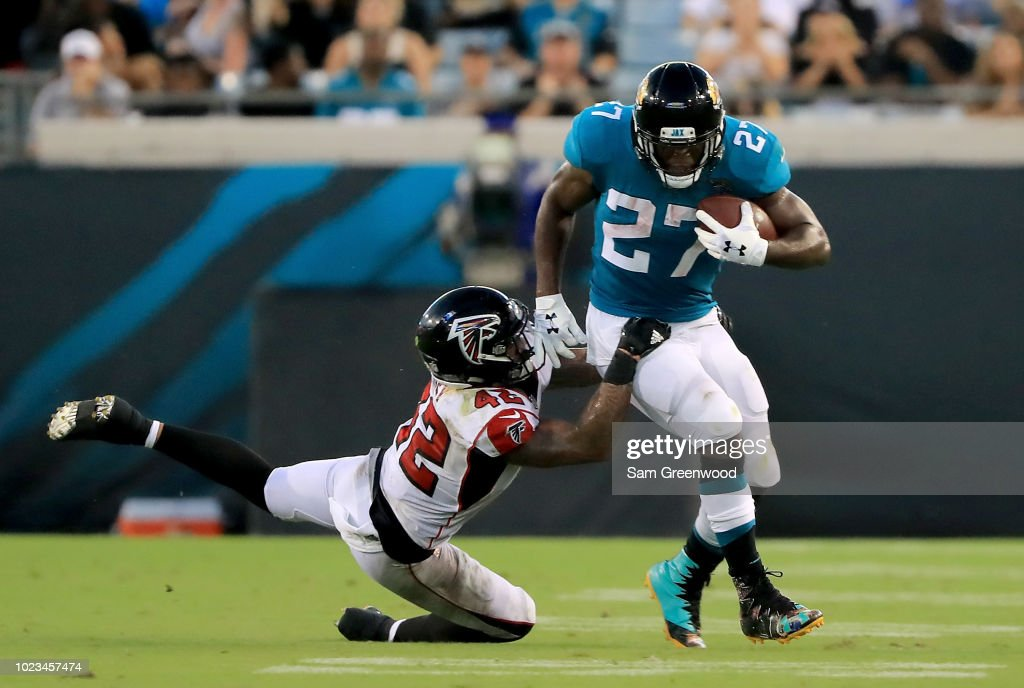 Atlanta Falcons v Jacksonville Jaguars : News Photo
