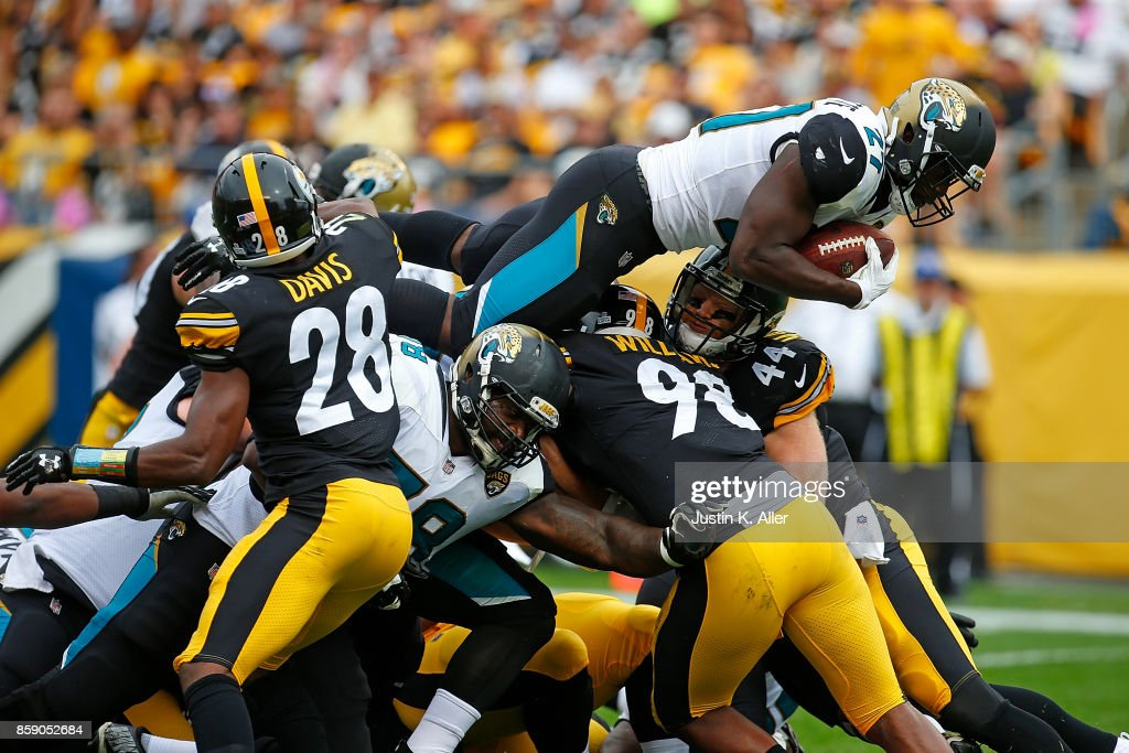 Leonard Fournette #27 of the Jacksonville Jaguars dives into the end zone for a 2 yard touchdown in the second quarter during the game against the Pittsburgh Steelers at Heinz Field on October 8, 2017 in Pittsburgh, Pennsylvania.