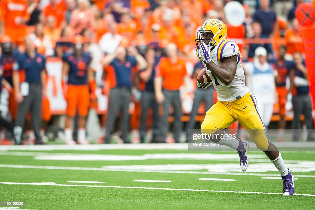 Leonard Fournette #7 of the LSU Tigers runs for a touchdown during the third quarter pushing their lead to 24-10 on September 26, 2015 at The Carrier Dome in Syracuse, New York. LSU defeats Syracuse 34-24.