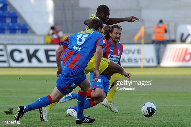 Leonard Kweuke of Sparta Praha in action against Frantisek Sevinsky and Petr Jiracek of FC Viktoria Plzen during the Czech Gambrinus League match...