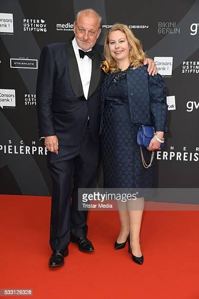 Leonard Lansink and his wife Maren Muntenbeck attend the Deutscher Schauspielerpreis 2016 on May 20 2016 in Berlin Germany