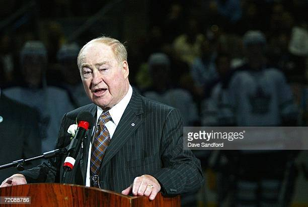 Leonard Red Kelly addresses the crowd while he is honored prior to the Ottawa Senators playing the Toronto Maple Leafs on October 4 2006 at the Air...