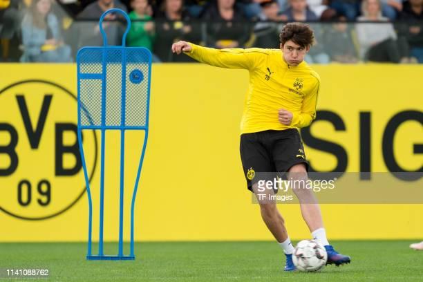 Leonardo Balerdi of Borussia Dortmund controls the ball during a training session at the Borussia Dortmund training center on April 25 2019 in...
