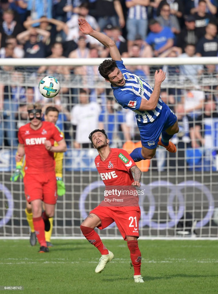 Leonardo Bittencourt of 1. FC Koeln and Mathew Leckie of Hertha BSC during the Bundesliga game between Hertha BSC and 1st FC Koeln at Olympiastadion on April 14, 2018 in Berlin, Germany.