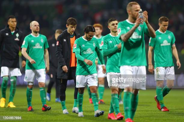 Leonardo Bittencourt of SV Werder Bremen and teammates react following the Bundesliga match between SV Werder Bremen and 1 FC Union Berlin at...