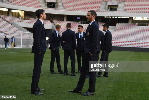Leonardo Bonucci and Mattia Darmian of Italy chat during Italy walk around at Allianz Riviera Stadium on June 6 2017 in Nice France