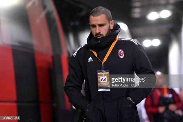 Leonardo Bonucci of AC Milan arrives before the UEFA Europa League Round of 32 match between AC Milan and Ludogorets Razgrad at the San Siro on...