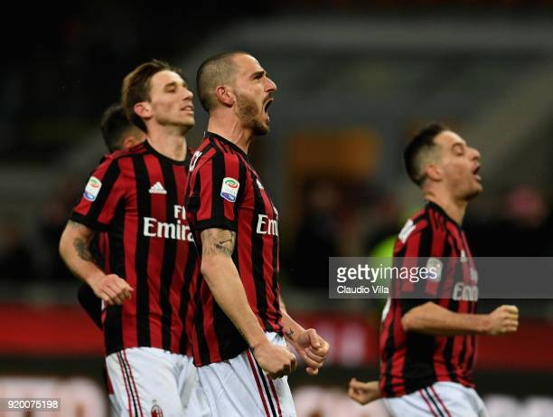 Leonardo Bonucci of AC Milan celebrates at the end of the serie A match between AC Milan and UC Sampdoria at Stadio Giuseppe Meazza on February 18...