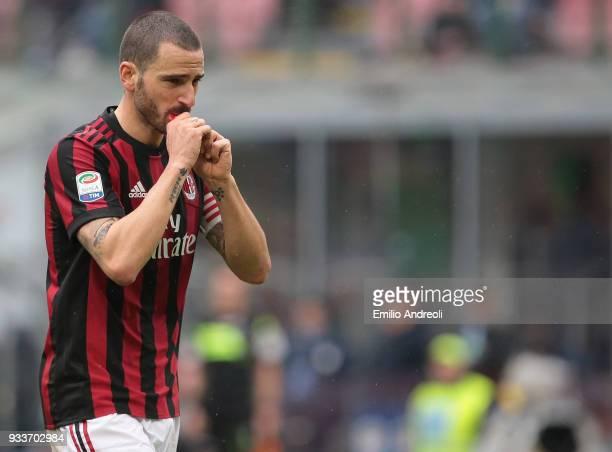 Leonardo Bonucci of AC Milan eats an energy bar during the serie A match between AC Milan and AC Chievo Verona at Stadio Giuseppe Meazza on March 18...