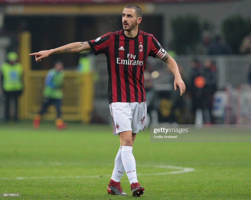 AC Milan v Hellas Verona FC - Tim Cup : Foto di attualità