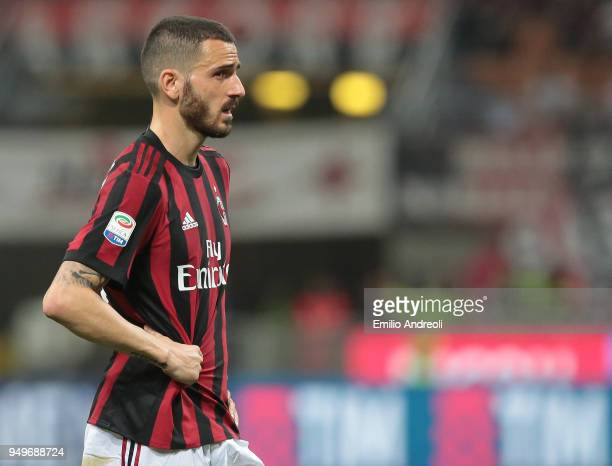 Leonardo Bonucci of AC Milan looks on during the serie A match between AC Milan and Benevento Calcio at Stadio Giuseppe Meazza on April 21 2018 in...