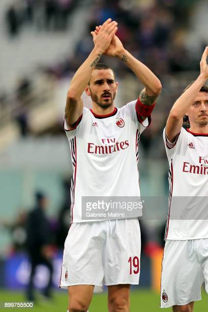 Leonardo Bonucci of AC Milan reacts during the serie A match between ACF Fiorentina and AC Milan at Stadio Artemio Franchi on December 30 2017 in...