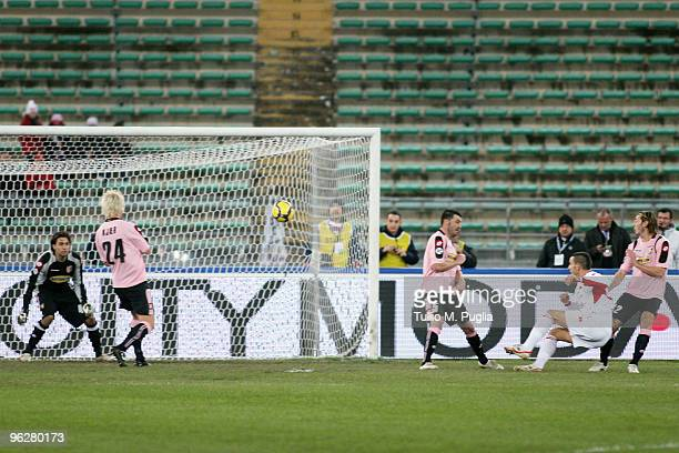 Leonardo Bonucci of Bari scores the opening goal during the Serie A match between Bari and Palermo at Stadio San Nicola on January 30 2010 in Bari...