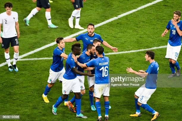 Leonardo Bonucci of Italy celebrates his goal with teammates during the International Friendly match between France and Italy at Allianz Riviera...