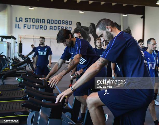 Leonardo Bonucci of Italy train inside the new gym during a Italy training session at Centro Tecnico Federale di Coverciano on October 8 2018 in...
