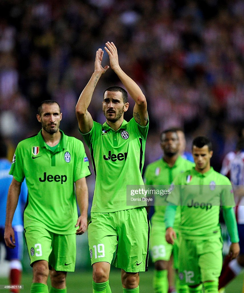 Leonardo Bonucci of Juventus applauds Juventus fans after losing 1-0 to Clun Atletico de Madrid during the UEFA Champions League Group A match between Club Atletico de Madrid and Juventus at Vicente Calderon Stadium on October 1, 2014 in Madrid, Spain.