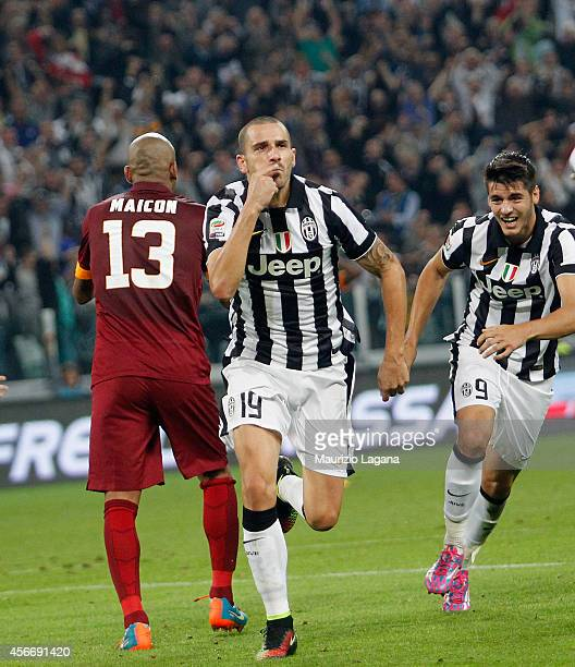 Leonardo Bonucci of Juventus celebates afeter scoringnhis team's victory gol during the Serie A match between Juventus FC and AS Roma at Juventus...