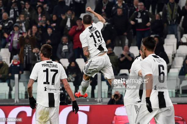 Leonardo Bonucci of Juventus celebrates after scoring his team's second goal during the Serie A match between Juventus and Frosinone Calcio on...