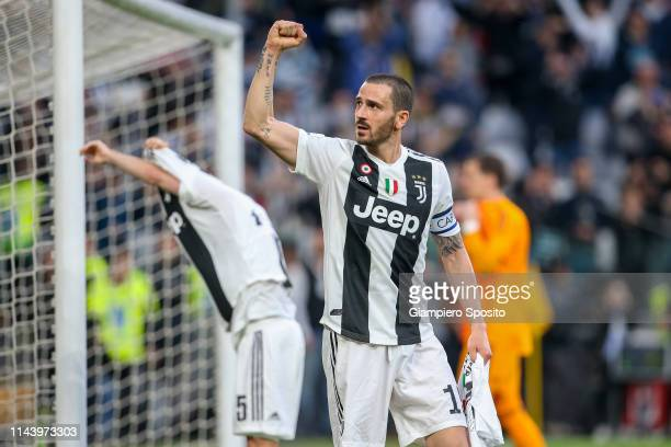 Leonardo Bonucci of Juventus celebrates with his teammates after winning the italian league at the end of the Serie A match between Juventus and ACF...