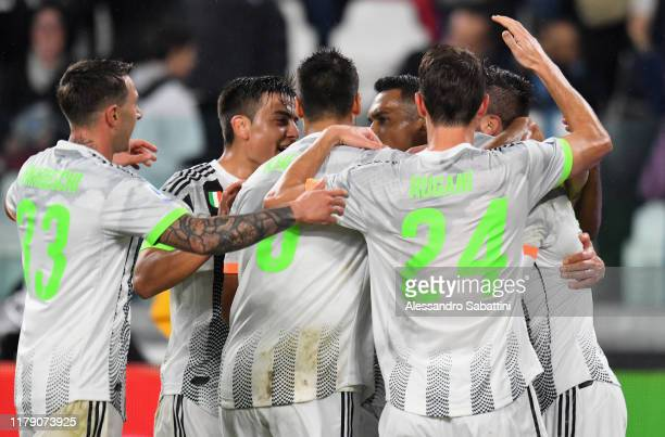Leonardo Bonucci of Juventus celebrates with teammates after scoring the opening goal during the Serie A match between Juventus and Genoa CFC at on...