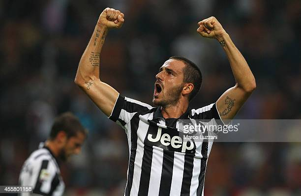 Leonardo Bonucci of Juventus FC celebrates a victory at the end of the Serie A match between AC Milan and Juventus FC at Stadio Giuseppe Meazza on...