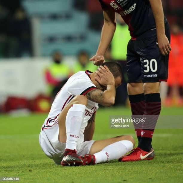 Leonardo Bonucci of Milan injured during the serie A match between Cagliari Calcio and AC Milan at Stadio Sant'Elia on January 21 2018 in Cagliari...