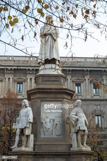 Leonardo da Vinci statue at Piazza della Scala in Milan