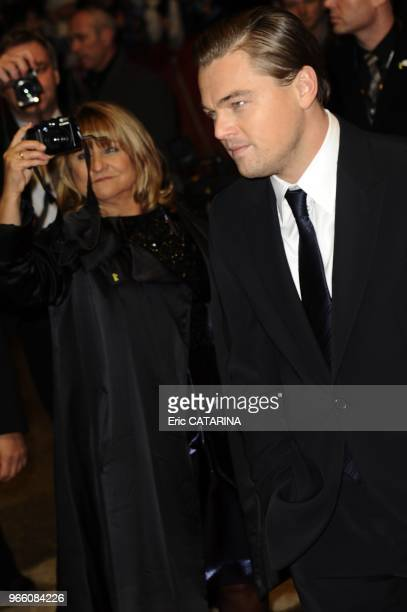 Leonardo Di Caprio and his mother Irmelin taking pictures of her son.