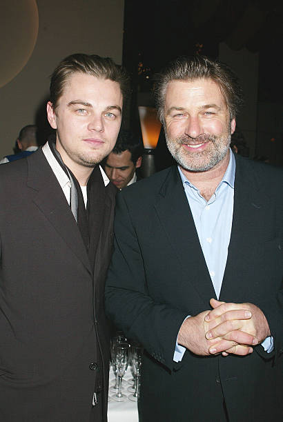 ¿Cuánto mide Alec Baldwin? - Real height Leonardo-dicaprio-alec-baldwin-during-after-party-for-a-screening-of-picture-id113461082?k=6&m=113461082&s=612x612&w=0&h=mar1JvUnVO6tuvCeTtXUrGayhotJHthUQFUzwBRuOOw=