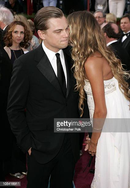 "Leonardo DiCaprio, nominee Best Actor in a Leading Role for ""The Aviator"" and Gisele Bundchen"