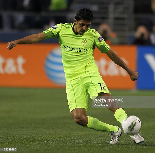 Leonardo Gonzalez of the Seattle Sounders FC passes during the 2011 Lamar Hunt US Open Cup Final against the Chicago Fire at CenturyLink Field on...