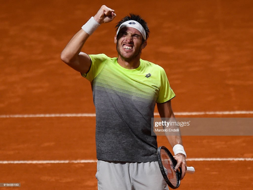 Fabio Fognini v Leonardo Mayer - ATP Argentina Open - Day 4 : News Photo