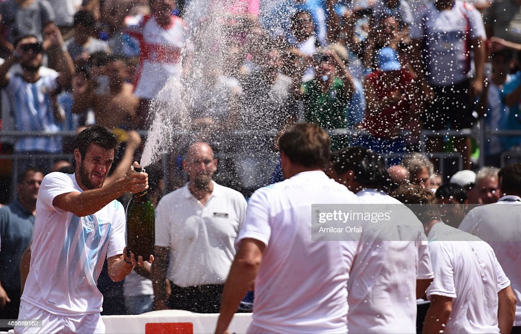 Argentina v Brazil - Davis Cup 2015 Day 4 : News Photo